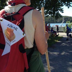 Pilgrimsvandrare på väg till Kökar.