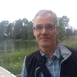 Guy Ahonen.