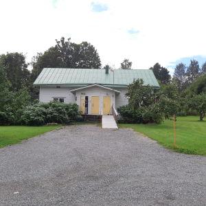 Veterinärhuset på Åliden i Ingå kyrkby.