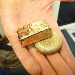 Guld som smälts ned och återvunnits av guldsmeden Petri Efklöf.