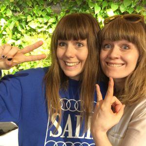 Joanna Wingren och Sonja Ahlfors från teatergruppen Blaue Frau
