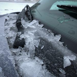 Krossad is på en vindruta.