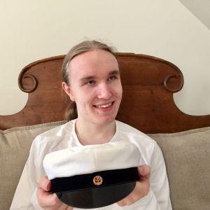 Emil-Aleksi Kempas on uusi ylioppilas Seinäjoen lukiosta.