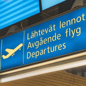 Lähtevät lennot -kyltti