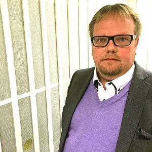 Porträtt på Ålands talman Johan Ehn.