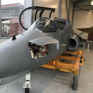 Hawk-hävittäjä kauppakeskus Tuulosessa.
