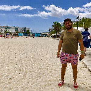 Paparazzofotografen Sergio Garrido på stranden