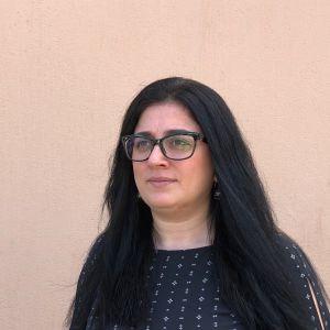 Shakiba Adil, bosatt i Finland, ska ordna workshopar om fred och konfliktlösning för ungdomar i Kabul.