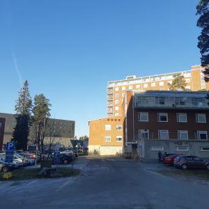 Keski-Suomen keskussairaalan rakennuksia, vasemmassa reunassa näkyy uusi sairaala Nova