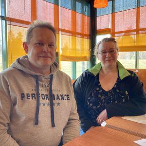 Heikki Skyttä ja Sanna Hirvonen.