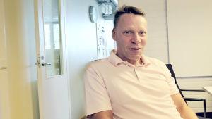 Nuorisosäätiön hallituksen puheenjohtaja Jari Laine