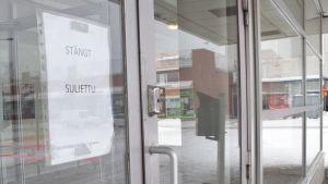 Det går inte att använda väntrummet vid Karis busstation.