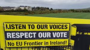 Frank Heron vid gränsen mellan republiken Irland och Nordirland.
