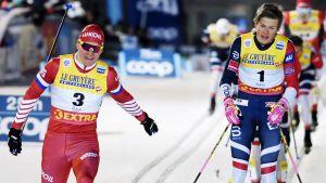 Alexander Bolsjunov och Johannes Hösflot Kläbo.