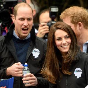 Prins William och Kate följer med ett maratonlopp i London i slutet av april 2017.