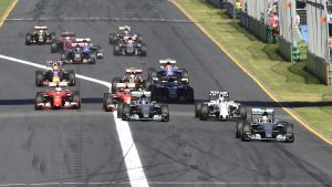 Starten på Australiens F1-GP i Melbourne 2015.