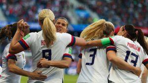 Lindsey Horan firar sitt 1–0-mål mot Sverige i dam-VM i fotboll 2019.