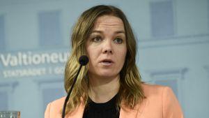 Katri Kulmuni rapporterar om regeringens förhandlingar.