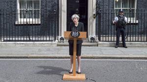 Theresa May ger ett uttalande efter nya terrorattacker i London.