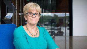 Liisa Ståhle, vård- och omrsorgsdirektör i Kyrkslätt, är nöjd över kommunens framsteg i att effektivera vården.