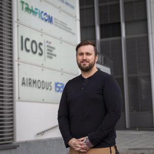 Tietoturva-asiantuntija Juho Jauhiainen Traficomin kyberturvallisuusosastolta.