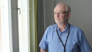 Jorma Kivinen, specialsakkunnig vid Trafi inom luftfart.