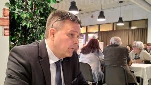 Anders Norrback på valvaka riksdagvalet 2019.