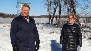 Mikael Snellman och stadsdirektör Anne Ekstrand.