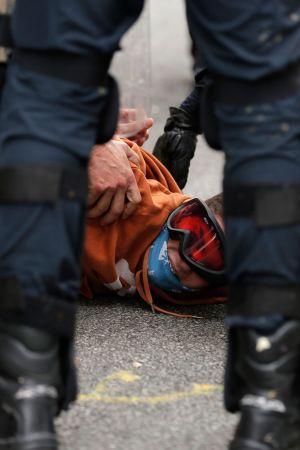 Polisen drabbade samman med demonstranter i Barcelona 18.10.2019