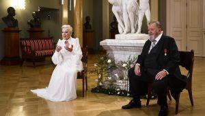 Seela Sella och Esko Salminen på Presidentslottet, självständighetsdagen 2020.