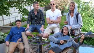 Den finlandssvenska musikgruppen Drifter's Collective.