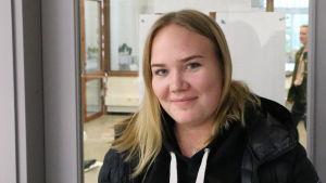 Elisa Lindgren går tredje året i Brändö gymnasium.