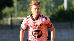 Rasmus Schüller i HJK 2020.