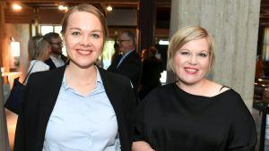 Katri Kulmuni och Annika Saarikko