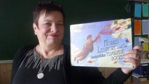 Agneta Möller-Salmela på turné i Österbotten