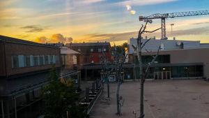 Konstfabriken och solnedgång.