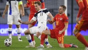 Rasmus Schüller i landslaget mot Wales.