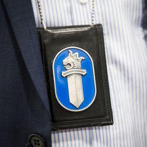 Poliisin virkamerkki