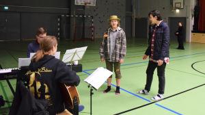 Dramaklubb i Mattliden januari 2016, trollkarlen från oz övas