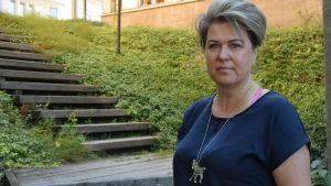 Porträttbild på Tuula Starck-Schreiber.