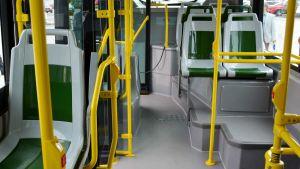 Interiör av stadsbuss