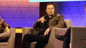 Elon Musk på spelmässan E3 2019.
