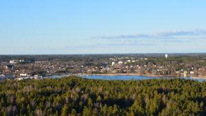 Vy över Pargas stad från Finnsementtis torn