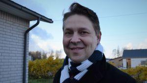 Lojos stadsdirektör Mika Sivula