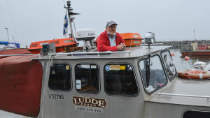 Stefan Svaetichins i sin båt Ludde