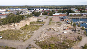 En flygbild över Drottningberg i Hangö.