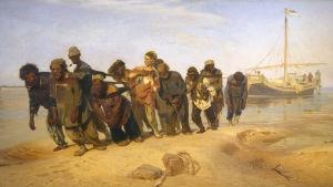 """På bilden syns Ilja Repins tavla """"Pråmdragare vid Volga""""."""