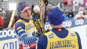 Iivo Niskanen kör i Lahtis 2021.