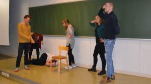 Akademiska spex-övningar.