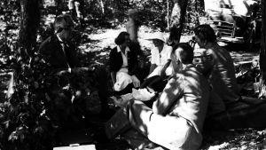 President Roosevelt på picknick med med prinsessan Märta och prins Olav.